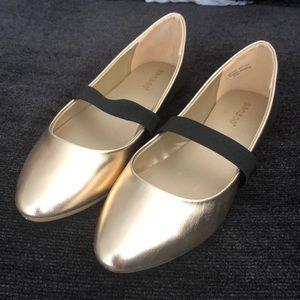 Gold black banded flats 8.5